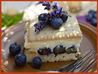 Borovnica keks torta
