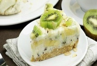Yogurt-cake-with-kiwi-and-banana
