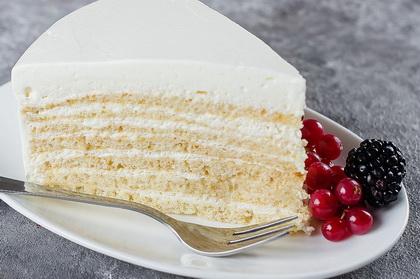 Torta Mlečna Devojka
